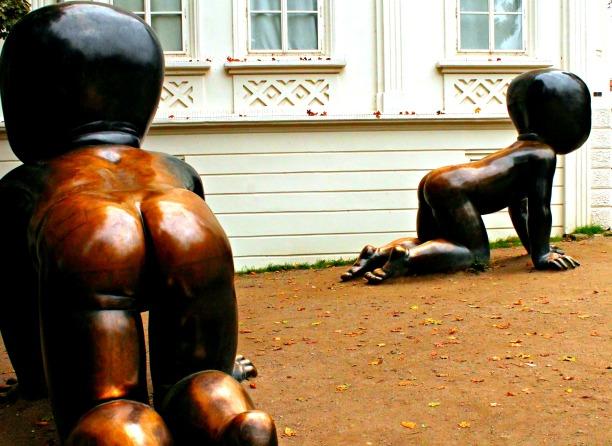 Praga - Statue di bambini all'Isola di Kampa